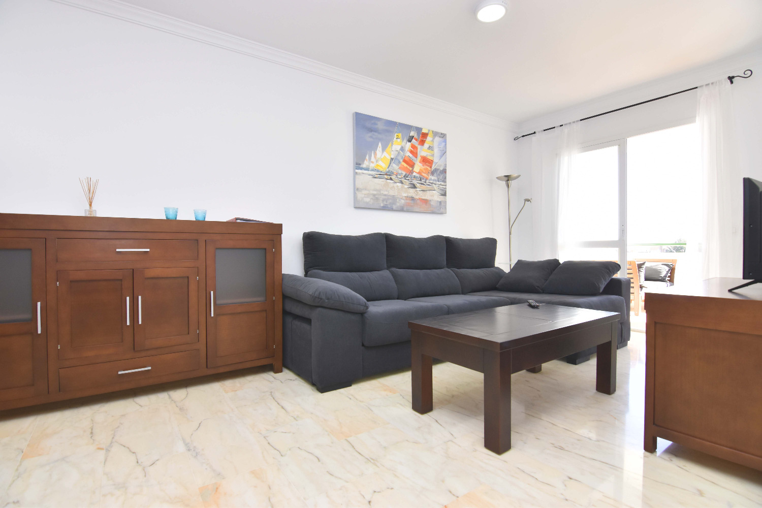 Apartment for sale with 2 bedrooms with sea views