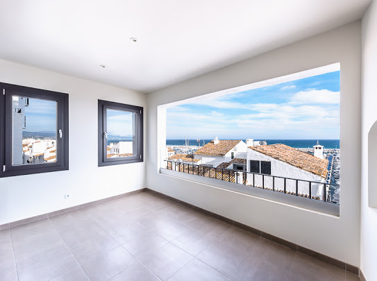 Luxury apartment with spectacular views of the Marina of Puerto Banus